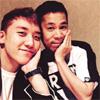 芸人の岡村隆史がBIGBANGのV.Iとツーショットを公開