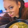 モデルの菜々緒、食事前の写真が「安室ちゃんに似てる」と話題