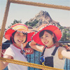 AKB48の渡辺美優紀がアナウンサーの弘中綾香とディズニーを満喫