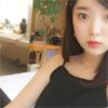 元E-girlsの山本月、カフェでの自撮り写真を公開
