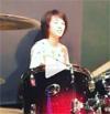 女優の清野菜名、ドラムを叩く姿の動画が公開され「カッコイ...
