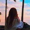 タレントのローラ、屋久島の幻想的な夕日と空の写真公開