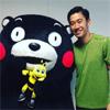 サッカーの香川真司、ゆるキャラくまモンとのツーショット写...