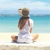 モデルの吉川ひなの、ハワイの海を眺める姿が素敵と話題