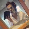 俳優の三浦翔平、パック姿の自撮り写真もイケメンと話題に