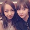 元AKB48の永尾まりや、板野友美とのツーショット写真を公開