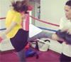 モデルの岸本セシルのキックボクシング動画が本格的だけど可愛い