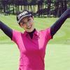 橋本マナミが軽井沢でゴルフを楽しむ姿を公開