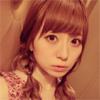 黒坂優香子、大人の表情をした自撮り写真を公開