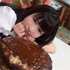 もえのあずき、メガ盛りハンバーグ丼を前に余裕の表情